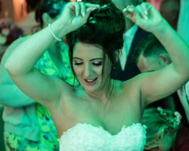 You cant hold Sam our bride back on here party night with Party DJ Cornwall smashing the dance floor with our favourite tunes.