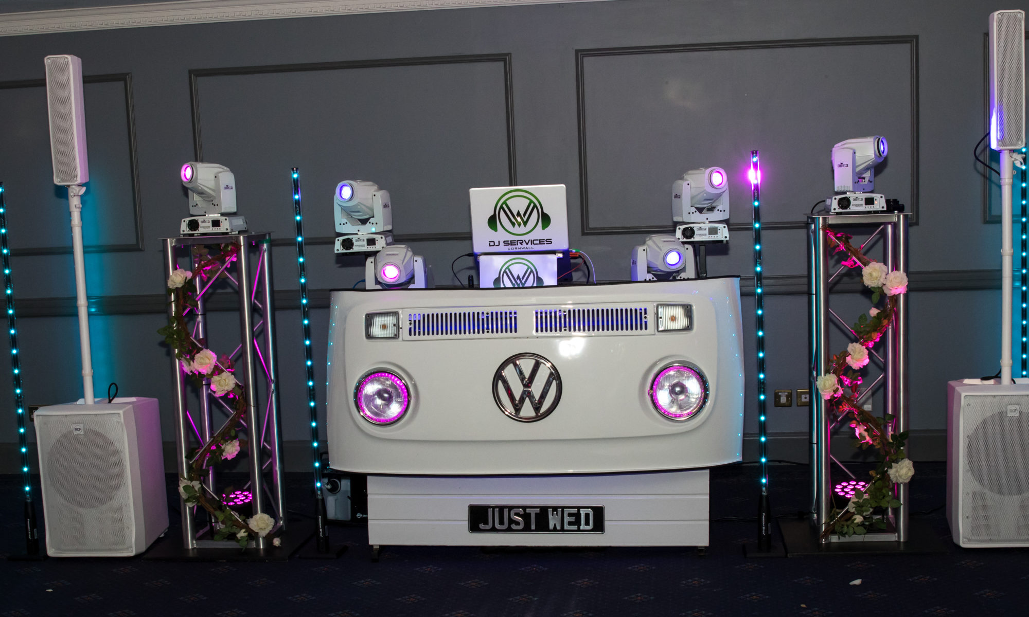 DJ Services Cornwall to get the Wedding Party Started